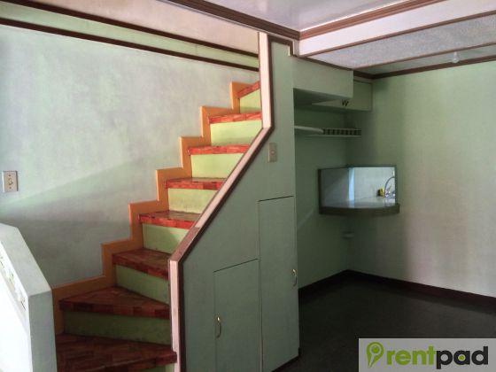 Town house unit near malacanang at residencias de manila - Residencia de manila swimming pool ...