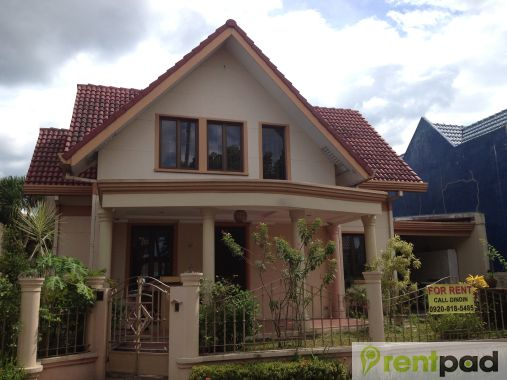 4 Bedroom House At Santarosa Estates 1, Sta. Rosa, Laguna