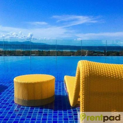 Spacious Beach Condo For Rent Near Mactan Airport With