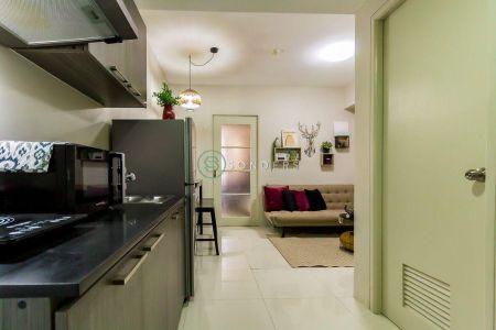 Modish 1 Bedroom at Vista Shaw