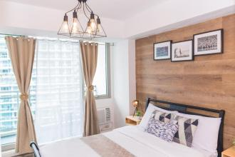 Fully Furnished 1BR Unit in Azure Residences with Fast Internet R
