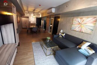 Fully Furnished 1 Bedroom in Two Maridien Taguig