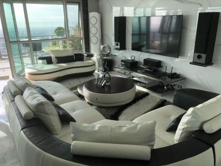 Luxurious and Spacious Unit for Rent at One Serendra East Tower