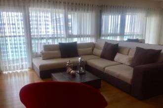 1BR Condo for Rent in The Residences at Greenbelt
