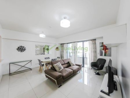 Fully Furnished 2 Bedroom For Rent in Arya Residences BGC