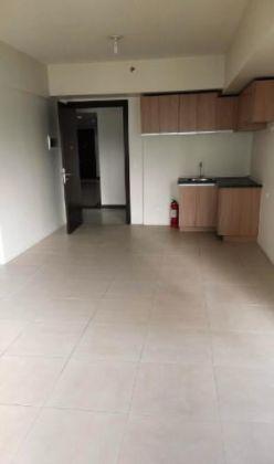 Studio Condo for Rent in Avida Towers Verte, BGC - Bonifacio Glob