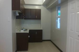 2 Bedroom Condo Unit  For Rent with Parking  near Mall of Asia