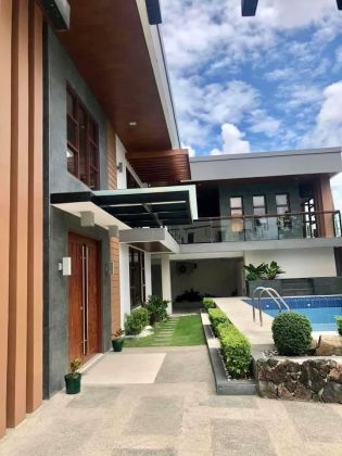 Big and Spacious 6 Bedroom House at BF Northwest Paranaque City