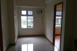 Unfurnished 2BR for Rent in Trion Towers Taguig