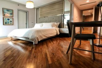 Fully Furnished 3 Bedroom in Amorsolo Square