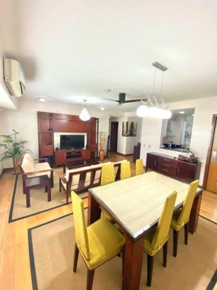 1BR Unit at One Serendra Narra Tower