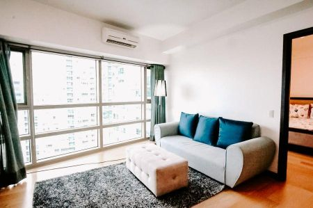 High End 1 Bedroom For Rent in The Residences at Greenbelt