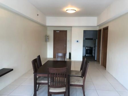 Simply Furnished 2 Bedroom Icon Plaza BGC with Great View