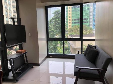 2BR Fully Furnished in the Florence