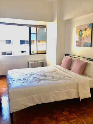 Contemporary Cozy 1 Bedroom For Rent in Perla Mansion