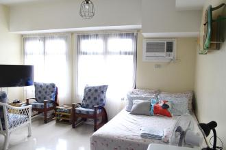 Fully Furnished Studio unit at Azalea Place