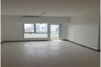 Unfurnished 1BR  Unit at The Royalton At Capitol Commons