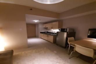Fully Furnished 1 Bedroom Unit Beautifully Interiored