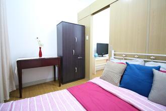 Roomy Apartment near BGC in Grace Residences