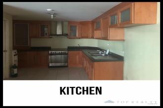 Semi Furnished 3 Bedroom Unit For Rent in Bonifacio Ridge