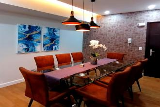 1BR Luxury Furnished Interiored with Balcony and Parking