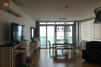Semi Furnished 3 Bedroom in Park Terraces Makati