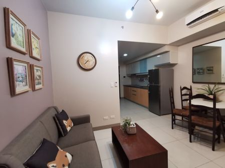 Fully Furnished 1BR for Rent in One Uptown Residence Taguig