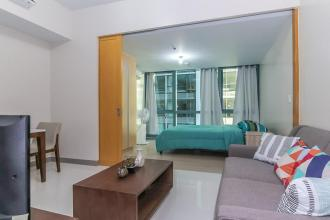 1BR Apartment Fully Furnished at One Uptown Residence