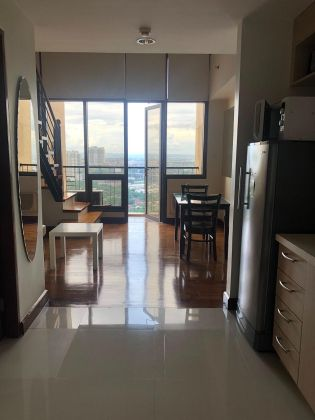 1 Bedroom for Rent with balcony at Mosaic Greenbelt
