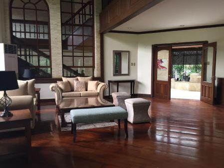 Ayala Alabang 4BR+den Huge House for Rent in Alabang Muntinlupa