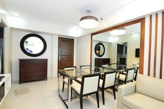 Rent 2 Bedroom 55k 56sqm Two Serendra at Fort BGC Taguig