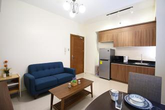 1BR Fully Furnished Condo with Optional Parking