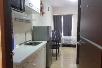 Vinia Residence Fully Furnished Studio Unit for Rent