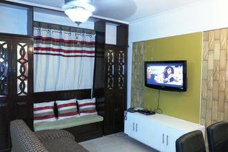 Fully Furnished 2 Bedroom with Balcony