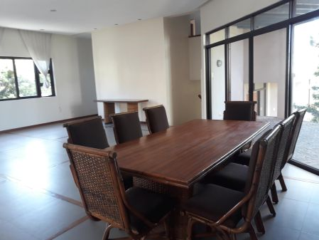 South Bay Gardens 3BR Modern House for Rent in Paranaque
