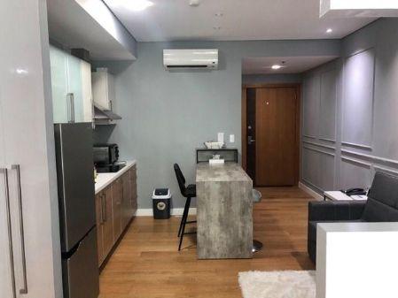 Studio Unit for Rent at Park Terraces Makati