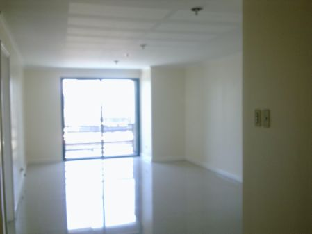 Semi Furnished 3 Bedroom in West of Ayala Makati Med