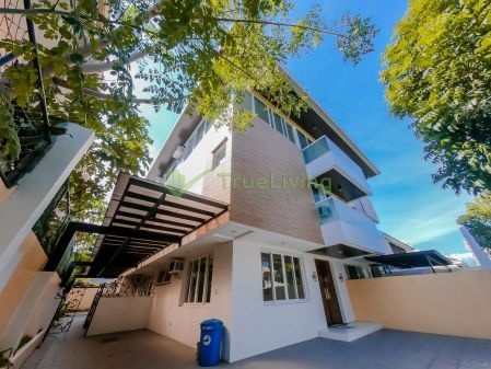Semi Furnished 3 Storey Duplex House for Rent in Bel Air Village