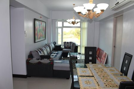Well Maintained 3 Bedroom with Parking for Rent at Parkside Villa