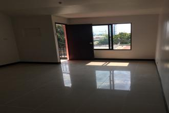 Spacious and Affordable Studio Unit with Balcony for Sharing