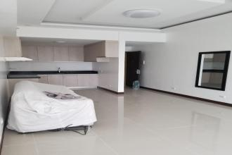 Fully Furnished 1BR for Rent in The Stratosphere Makati
