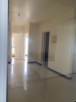Unfurnished 2 Bedroom at Lumiere Residences