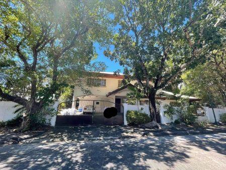 Semi Furnished 6 Bedroom House at Ayala Alabang Village for Rent