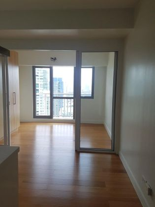 1BR Unit for Rent at Acqua Residences with Balcony
