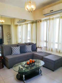 Fully Furnished 2BR Condo for Rent in The Columns, Makati City