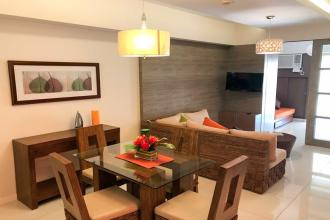 Fully Furnished 1 bedroom for Rent in The Senta Makati
