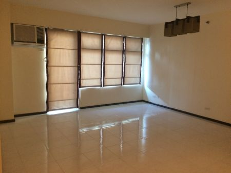 3BR Unfurnished for Rent in Two Serendra BGC Taguig
