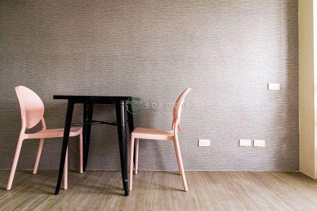 Minimalist Studio along Espana for Rent