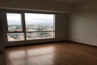 Semi Furnished 1 bedroom unit for rent at Celadon Park