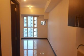 Axis Residences, Bare studio unit for Rent, Mandaluyong City
